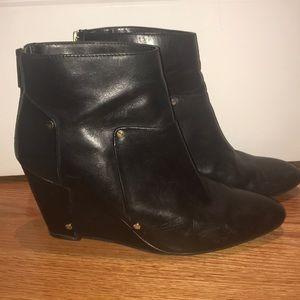 Dolce Vita Black Wedge Heel Booties Size 10